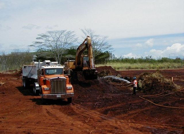 Excavation completed in Hawaii by Amazon Construction