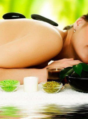 hot stone massage at airlie day spa