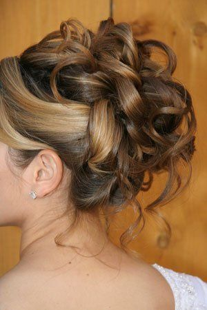 bridal hair for your wedding day