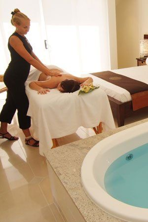 in room hotel massage with airlie day spa