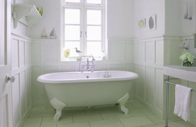 A bright, new bathroom from Sam Brown - Hertfordshire's best female decorator