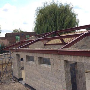metal roof foundation