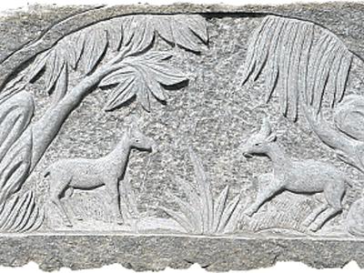 decorazioni su pietra