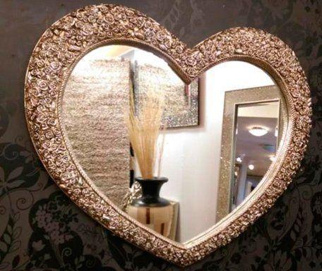 Charming vintage mirrors