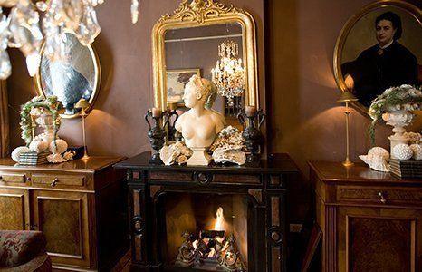 antique decoratives