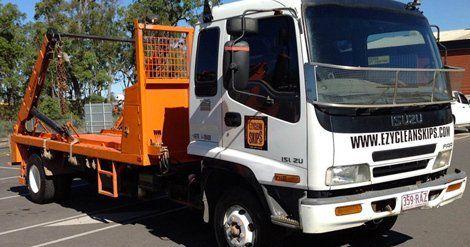 Ezy clean skips truck