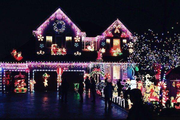 San Diego Christmas Lights.Holiday Christmas Lights Tour Limo Royalty Limousine 858