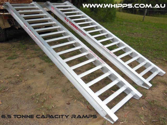 6.5 tonne capacity excavator machinery loading ramps aluminium excavator skidsteer backhoe truck tractor forklift