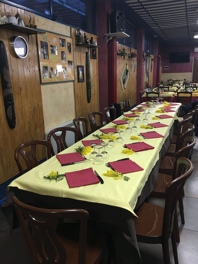 tavolata al ristorante