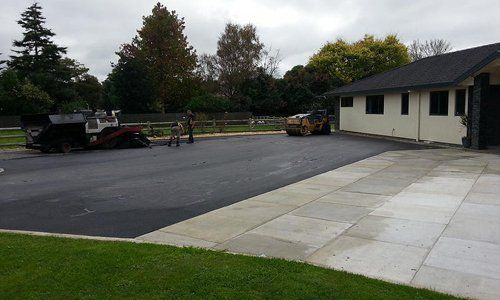 Concrete driveway surfacing going on