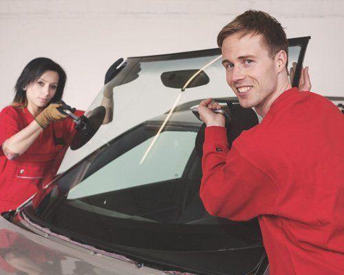 Broken car glass - Mobile Service in Apollo, PA