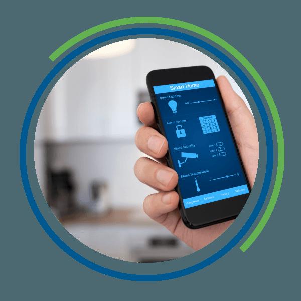 Smartphone con un'applicazione per la domotica in remoto