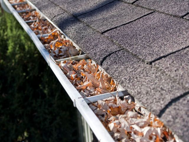 time to call a gutter and siding services expert in Hamilton, OH
