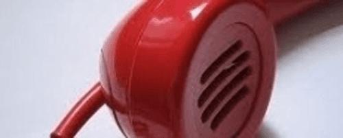 cornetta del telefono rossa