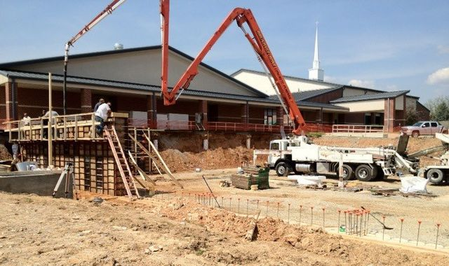 Metal buildings system being installed in Mountain Home, AR
