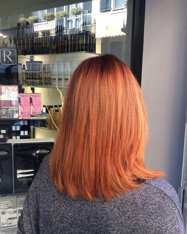 capelli rosso ramato lisci