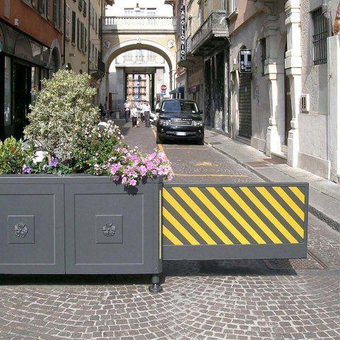 Barriere Arredo Urbano.Dissuasori Mobili Raffaelli Alfieri Eredi