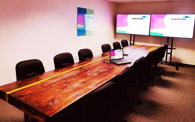 executive_lounge_training_umbrella_rent_kansas_city